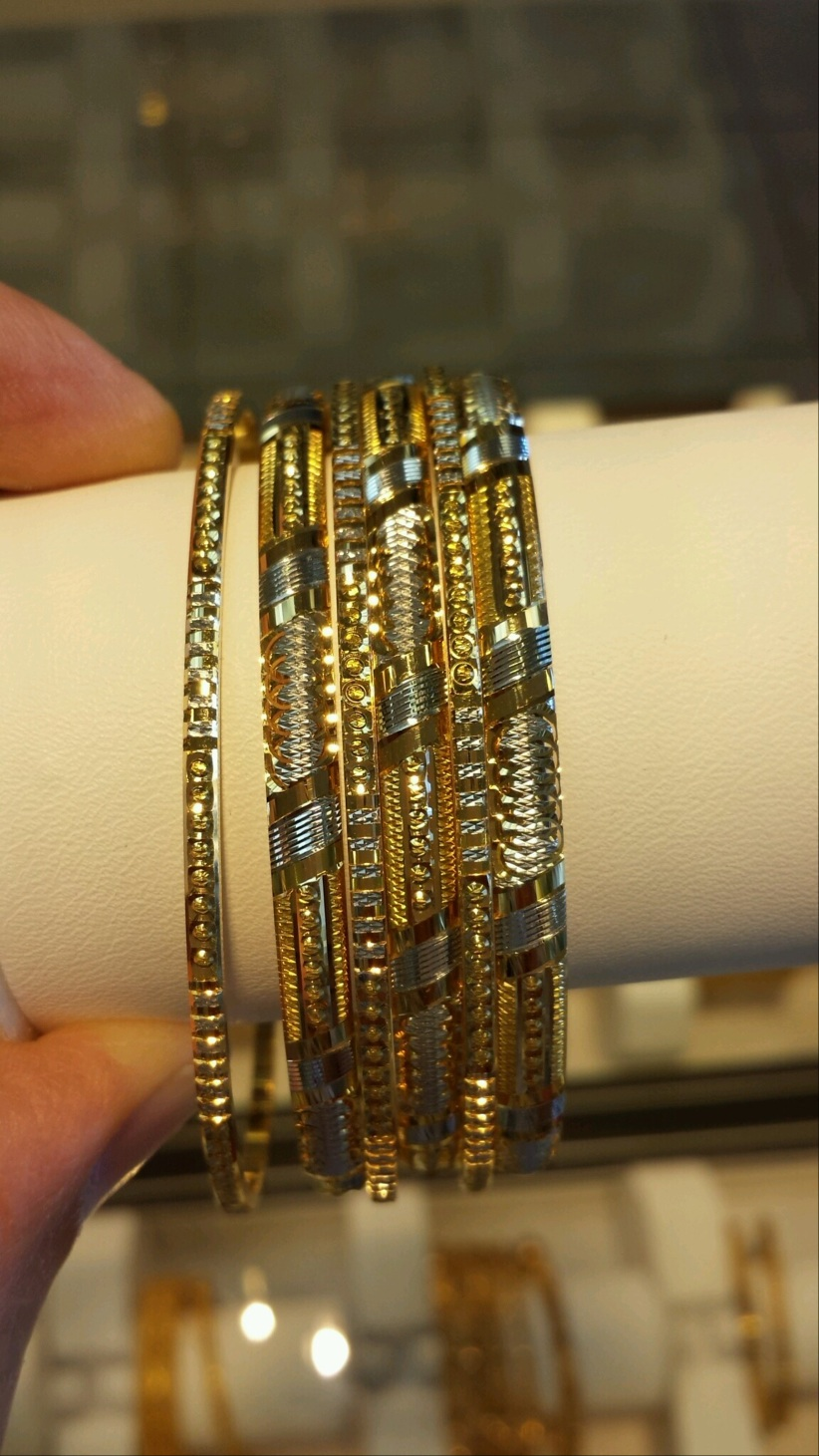 Moti Jewellers Inc | clothing store | 7150 Airport Rd, Mississauga, ON L4T 2H1, Canada | 9056719513 OR +1 905-671-9513