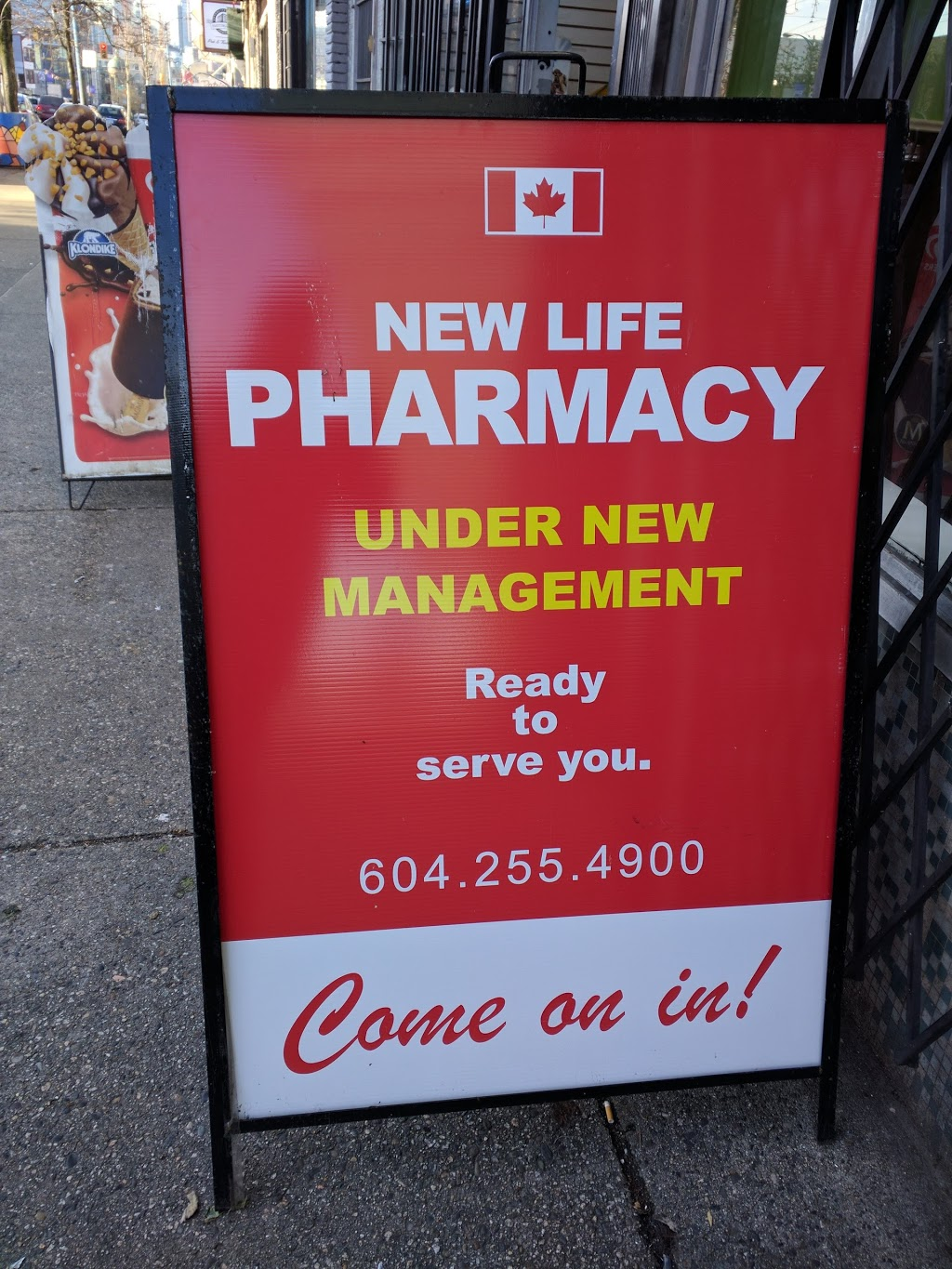 New Life Pharmacy | health | 463 E Hastings St, Vancouver, BC V6A 1P5, Canada | 6042554900 OR +1 604-255-4900