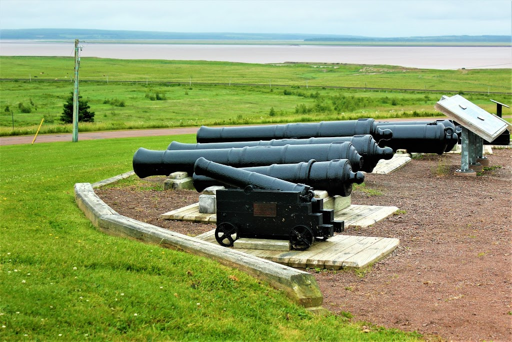 Fort Beauséjour – Fort Cumberland National Historic Site | museum | 111 Fort Beausejour Rd, Aulac, NB E4L 2W5, Canada | 5063645080 OR +1 506-364-5080