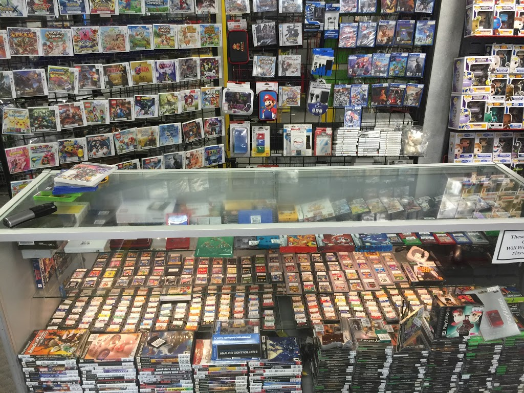 Microplay Video Games & Collectibles | store | 16700 Bayview Ave, Newmarket, ON L3X 1W1, Canada | 9058988282 OR +1 905-898-8282