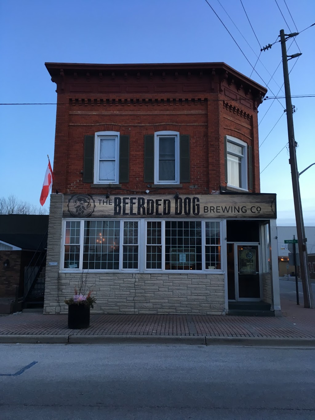 The Beerded Dog Brewing Co. | restaurant | 21 King St E, Harrow, ON N0R 1G0, Canada | 2262070448 OR +1 226-207-0448
