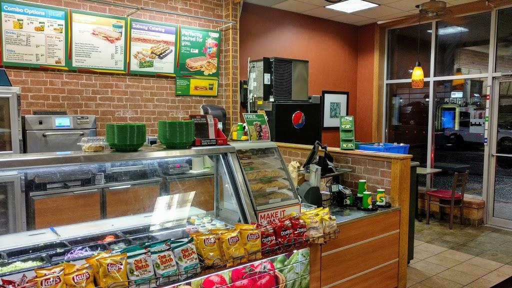 Subway | restaurant | Kenmount Rd, St. Johns, NL A1B 1W1, Canada | 7097388292 OR +1 709-738-8292