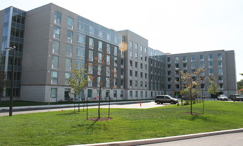 Sheridan Residence Trafalgar 2   school   1400 Trafalgar Rd, Oakville, ON L6H 6W4, Canada