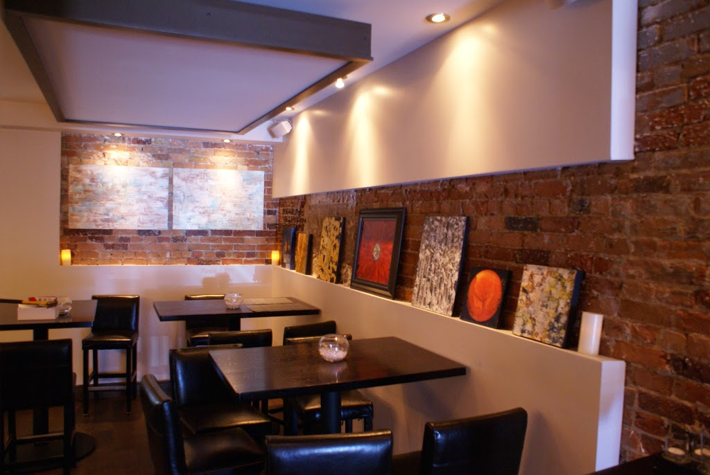 Painters Hall | restaurant | 17 Clapperton St, Barrie, ON L4M 3E4, Canada | 7057978844 OR +1 705-797-8844