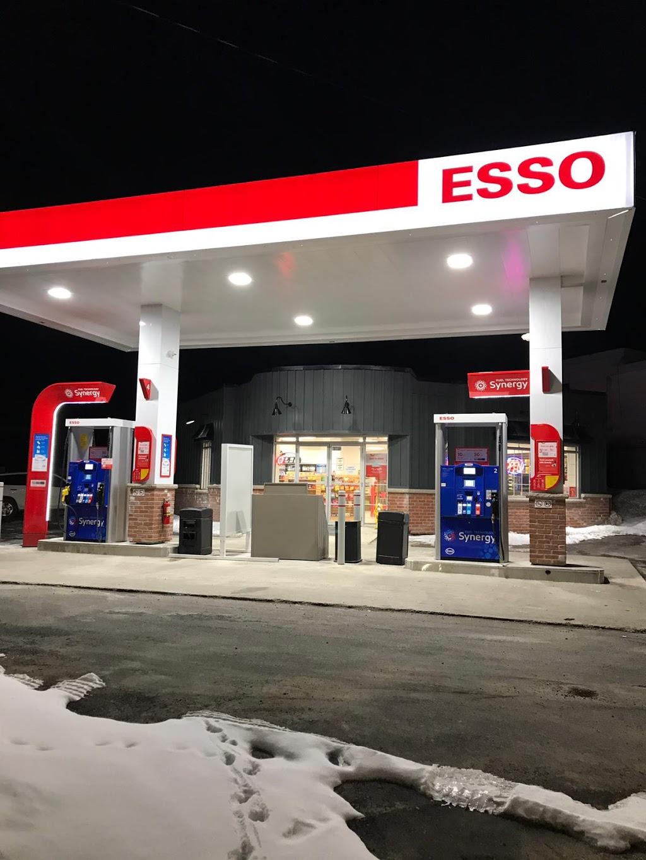Esso   gas station   1716 Central St, Claremont, ON L1V 1B3, Canada   9056495455 OR +1 905-649-5455