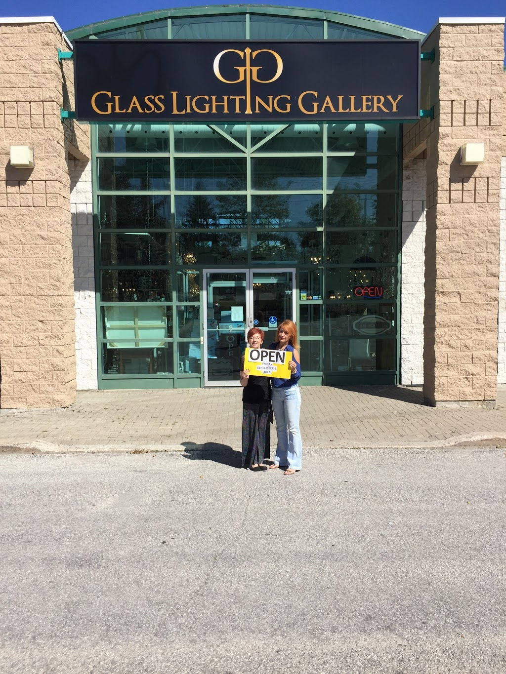 Glass Lighting Gallery & Home Finishings | home goods store | 408 Dunlop St W, Barrie, ON L4N 1C2, Canada | 7057227772 OR +1 705-722-7772