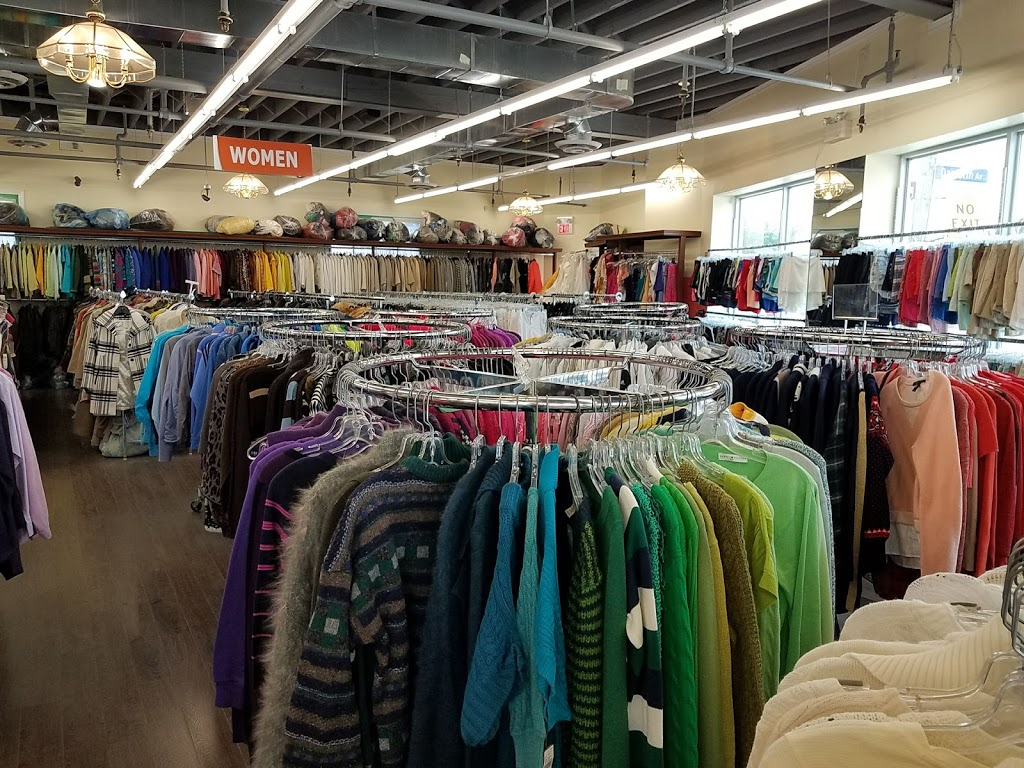 Vintage Depot   clothing store   2777 Danforth Ave, Toronto, ON M4C 1M1, Canada   4167926513 OR +1 416-792-6513