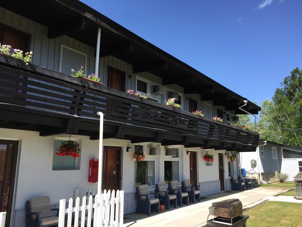 Lakeview Motel   lodging   4951 Haliburton County Rd 21, Haliburton, ON K0M 1S0, Canada   8663859347 OR +1 866-385-9347