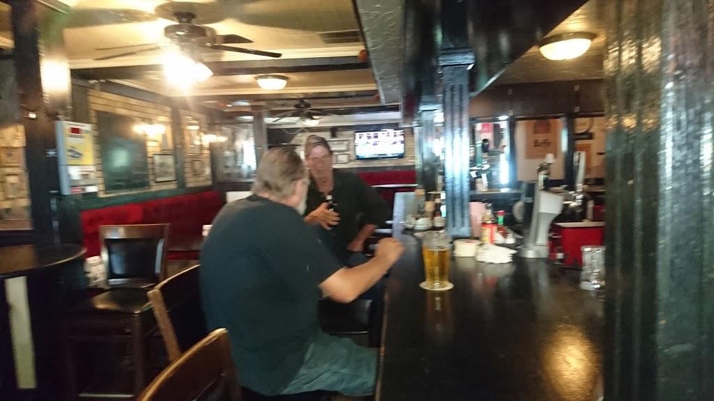 Black Bull Pub & Eatery Ltd | restaurant | 62 Queen St N, Bolton, ON L7E 1B9, Canada | 9059512200 OR +1 905-951-2200