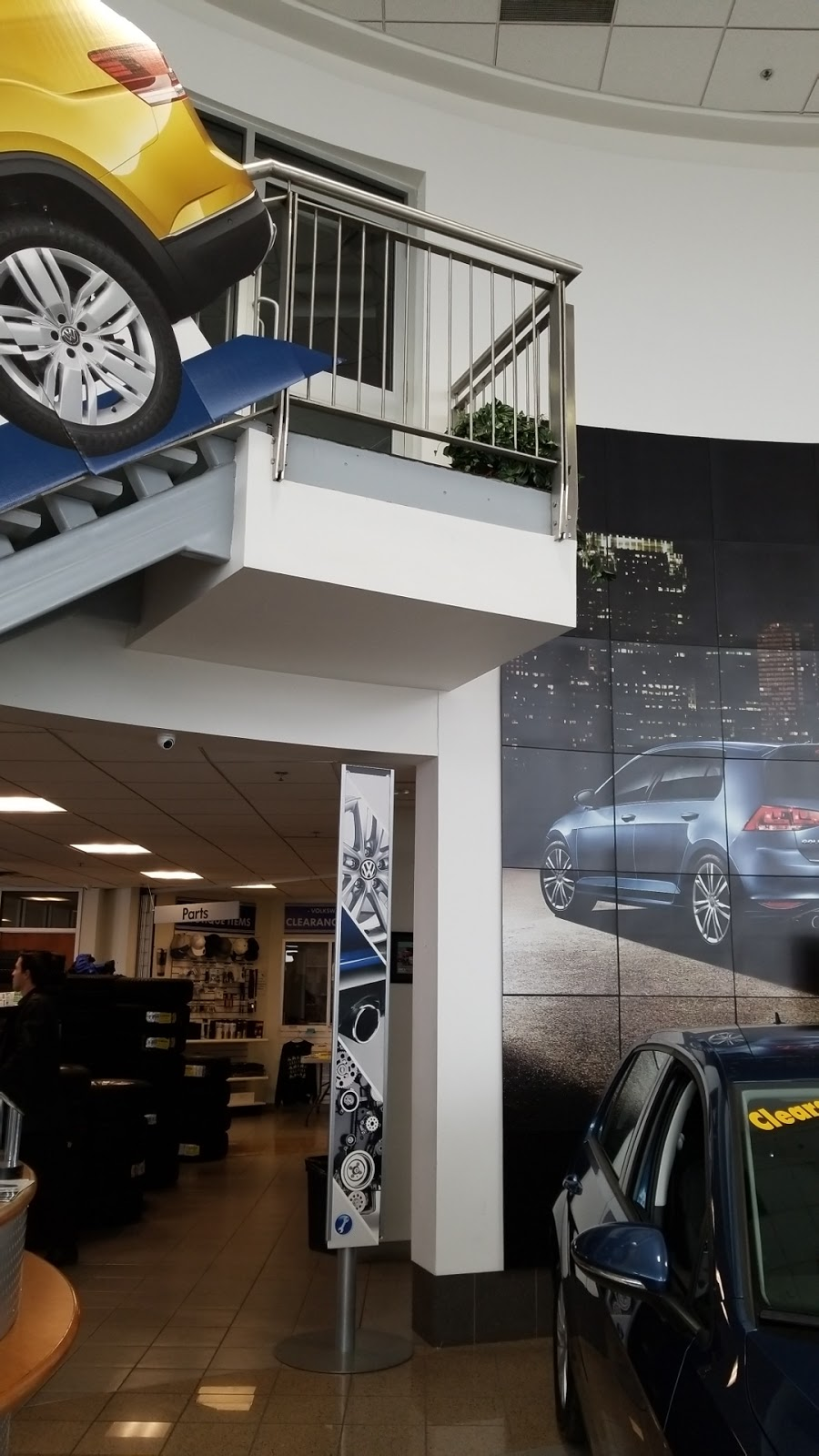 Owasco Volkswagen | car dealer | 2030 Champlain Ave, Whitby, ON L1N 6A7, Canada | 9055790010 OR +1 905-579-0010