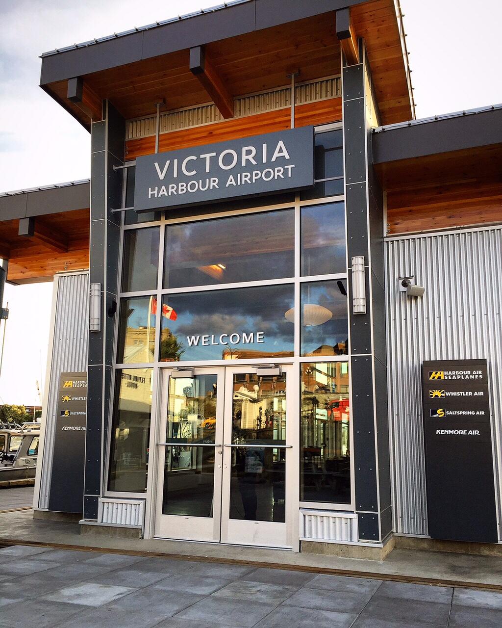Signs Victoria | store | 852 Devonshire Rd, Victoria, BC V9A 4T4, Canada | 2503827614 OR +1 250-382-7614