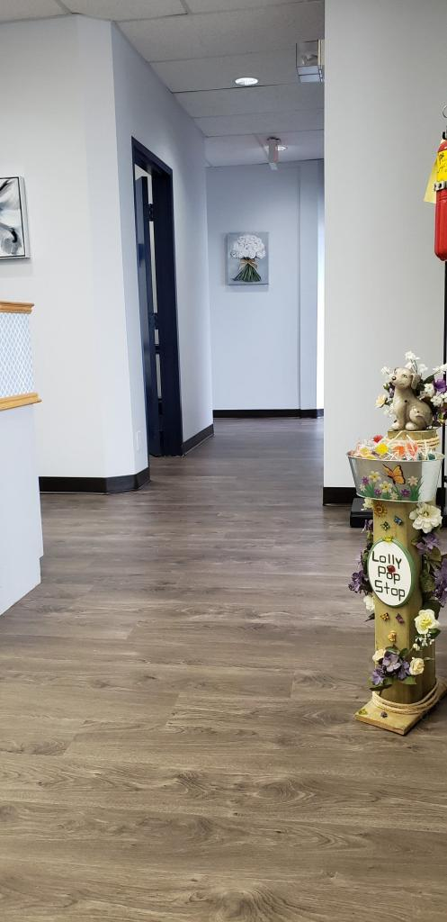Premium 1 Medical Clinic | health | 631 Queenston Rd Suite 300, Hamilton, ON L8K 6R5, Canada | 9055600246 OR +1 905-560-0246
