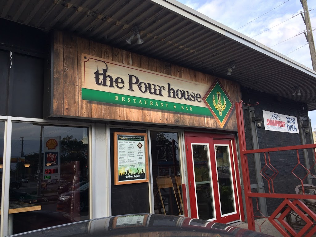 The Pour House | restaurant | 1115 Fennell Ave E, Hamilton, ON L8T 1R9, Canada | 9053896602 OR +1 905-389-6602