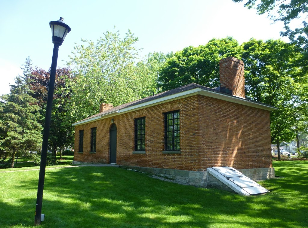 Fort Malden Commissariat Office | museum | 224 Dalhousie St, Amherstburg, ON N9V 1W4, Canada | 5197366377 OR +1 519-736-6377