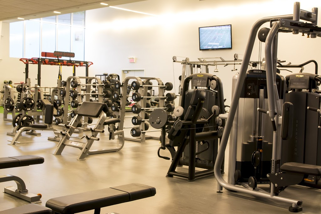 Club Avantage Multi-Sports | gym | 1080 Rue Bouvier, Québec, QC G2K 1L9, Canada | 4186273343 OR +1 418-627-3343