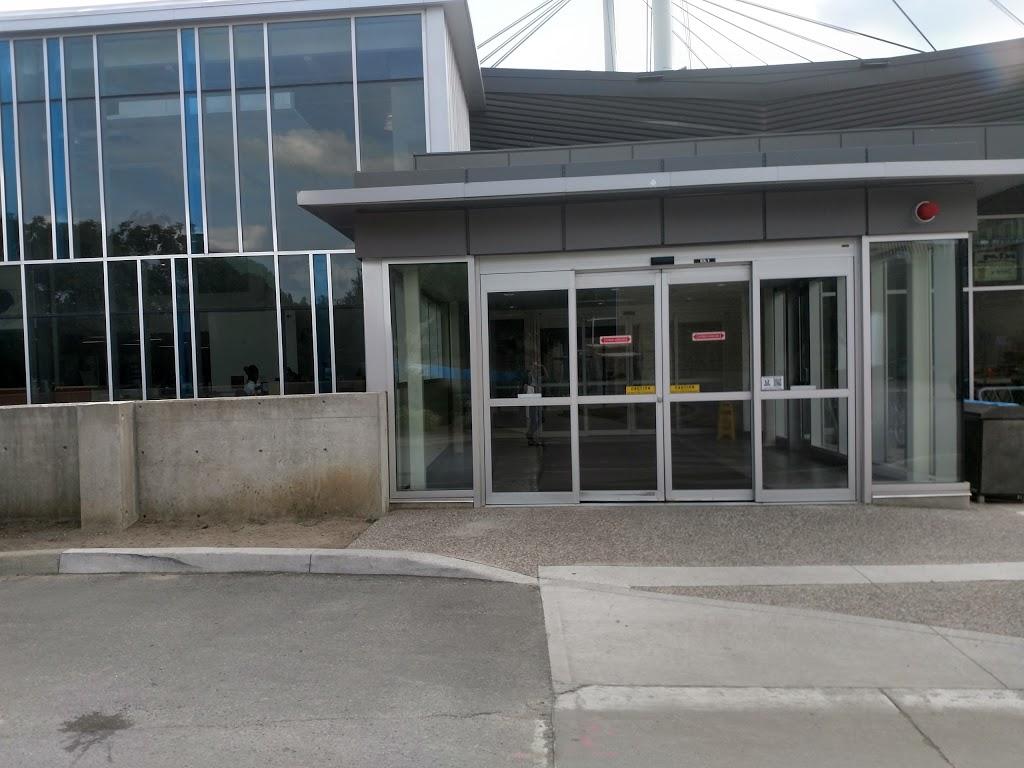 Western Student Recreation Centre | gym | Western Rd, London, ON N6G 1G8, Canada | 5196613090 OR +1 519-661-3090