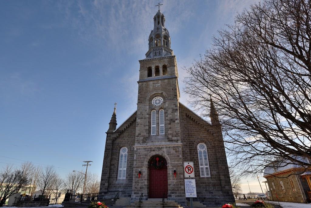 Eglise St Isidore | church | 673 Rue Saint-Regis, Saint-Isidore-de-Laprairie, QC J0L 2A0, Canada | 4504549872 OR +1 450-454-9872