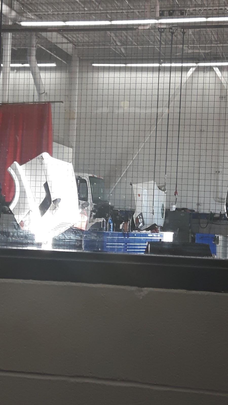 Penske Truck Rental | moving company | 850 Champlain Ave, Oshawa, ON L1J 8C3, Canada | 9054360171 OR +1 905-436-0171