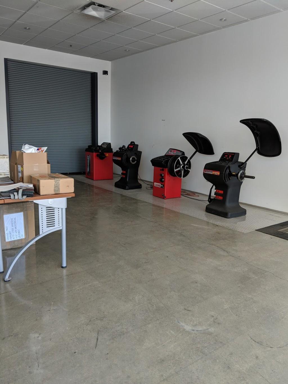 Grand Prix Import inc. | car repair | 8275 17e Ave, Montréal, QC H1Z 4J9, Canada | 5143282300 OR +1 514-328-2300