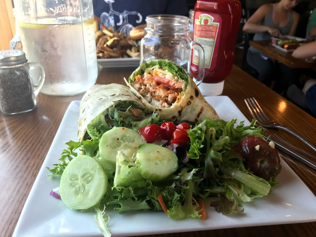 Redneck Bistro   restaurant   12609 511, Calabogie, ON K0J 1H0, Canada   6137521888 OR +1 613-752-1888