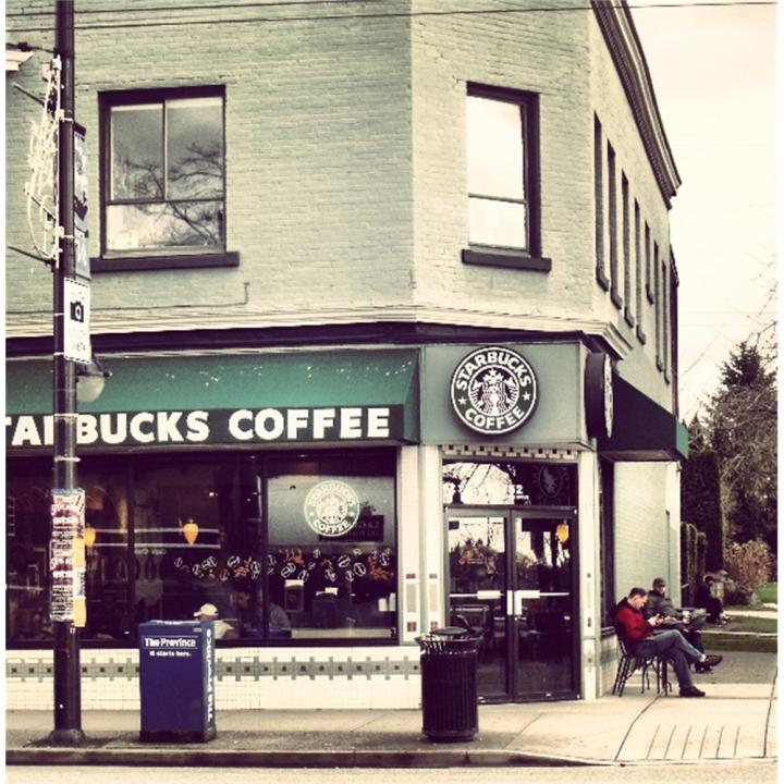 Starbucks | cafe | 2365 Gordon Dr, 104 Guisachan Village, Kelowna, BC V1W 3C2, Canada | 2507129344 OR +1 250-712-9344