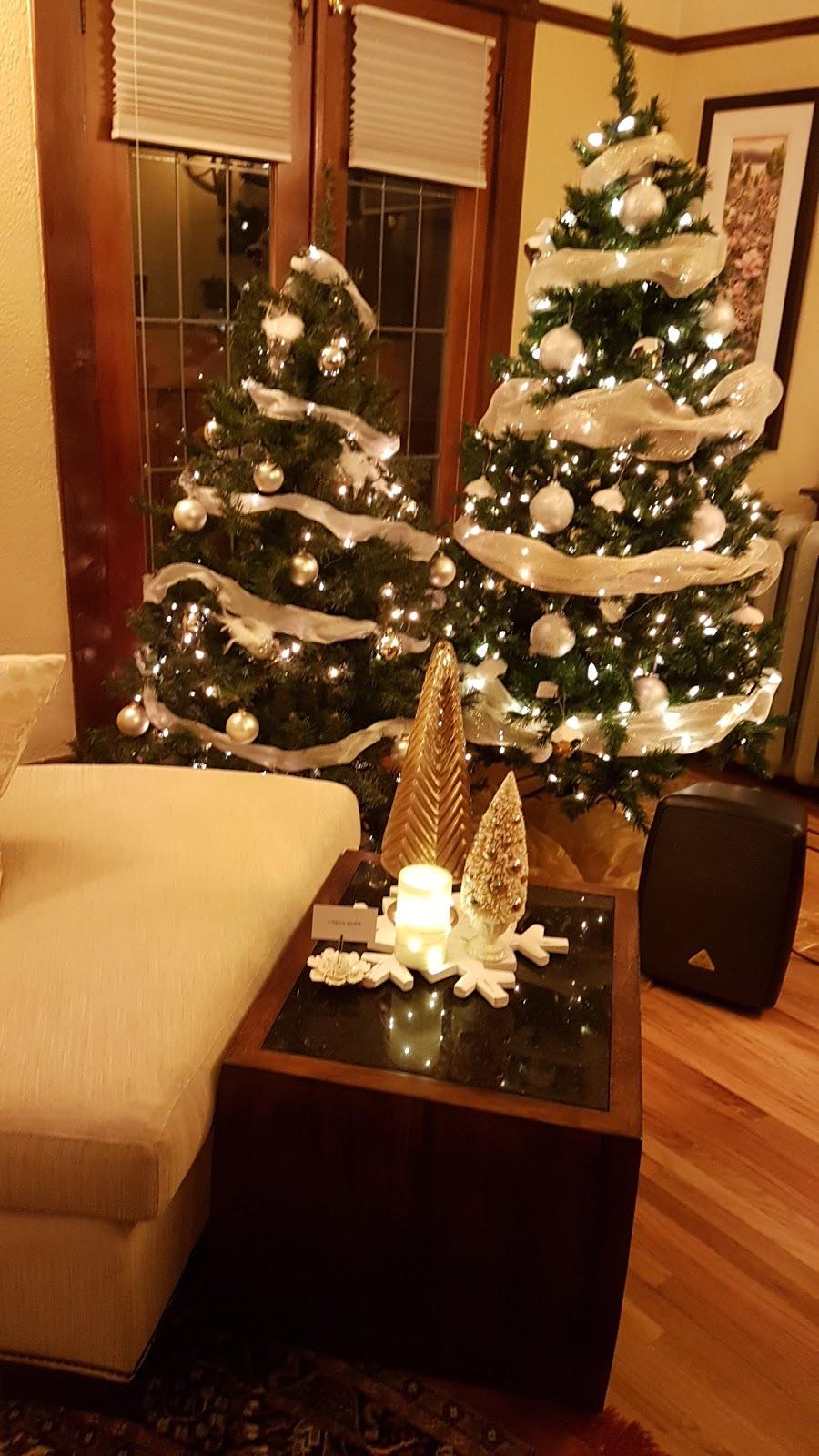 Christleton Manor Luxury Bed & Breakfast   lodging   423 Christleton Ave, Kelowna, BC V1Y 5H9, Canada   2504700298 OR +1 250-470-0298