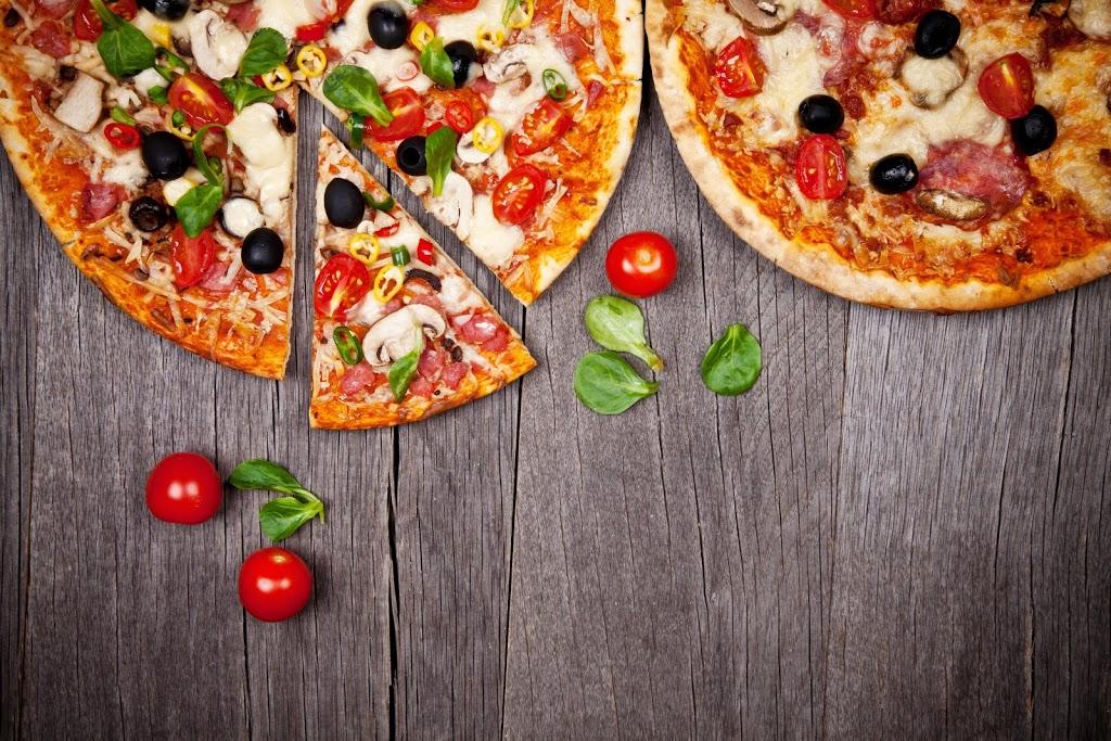 Cal City Pizza | restaurant | 630 Redstone Dr NE, Calgary, AB T3N 1L4, Canada | 4032577777 OR +1 403-257-7777