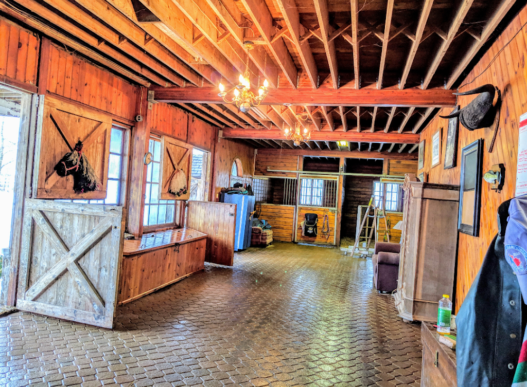 Horseworks | point of interest | 5160 7 Line, Guelph/Eramosa, ON N0B 2K0, Canada | 5199930610 OR +1 519-993-0610