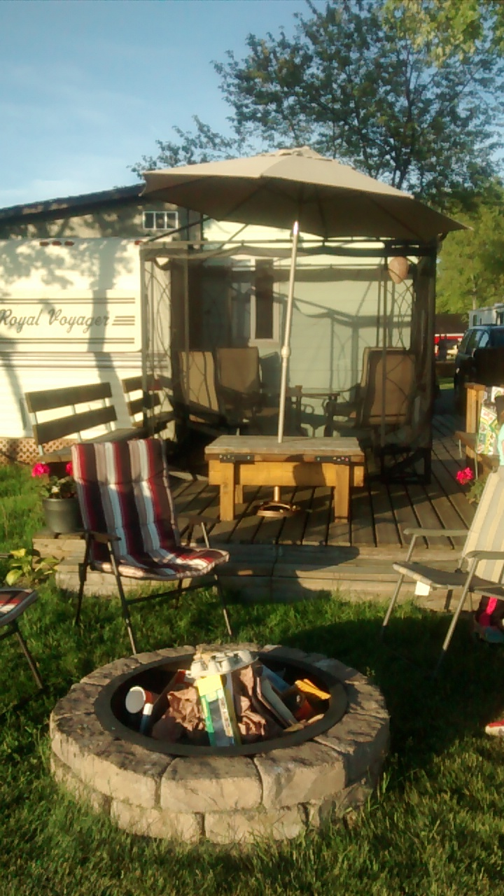 Austins Trailer Park | campground | 2301 Lakeshore Rd, Dunnville, ON N1A 2W8, Canada | 9058657116 OR +1 905-865-7116