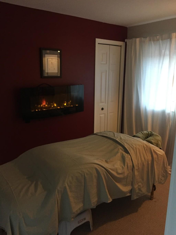 Hamilton Massage woRx Mark Phillips RMT | spa | 45 E 12th St, Hamilton, ON L9A 3X2, Canada | 9055259388 OR +1 905-525-9388