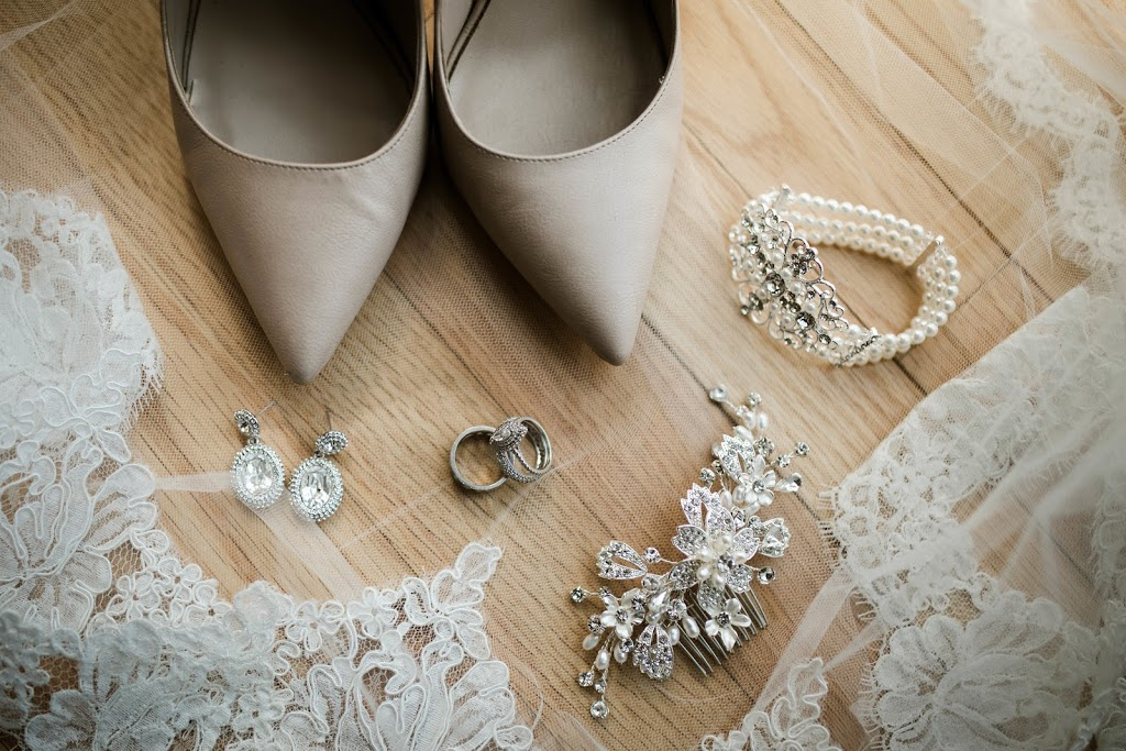 Balletts Bridal | clothing store | 221 Wharncliffe Rd S, London, ON N6J 2L2, Canada | 5194341275 OR +1 519-434-1275
