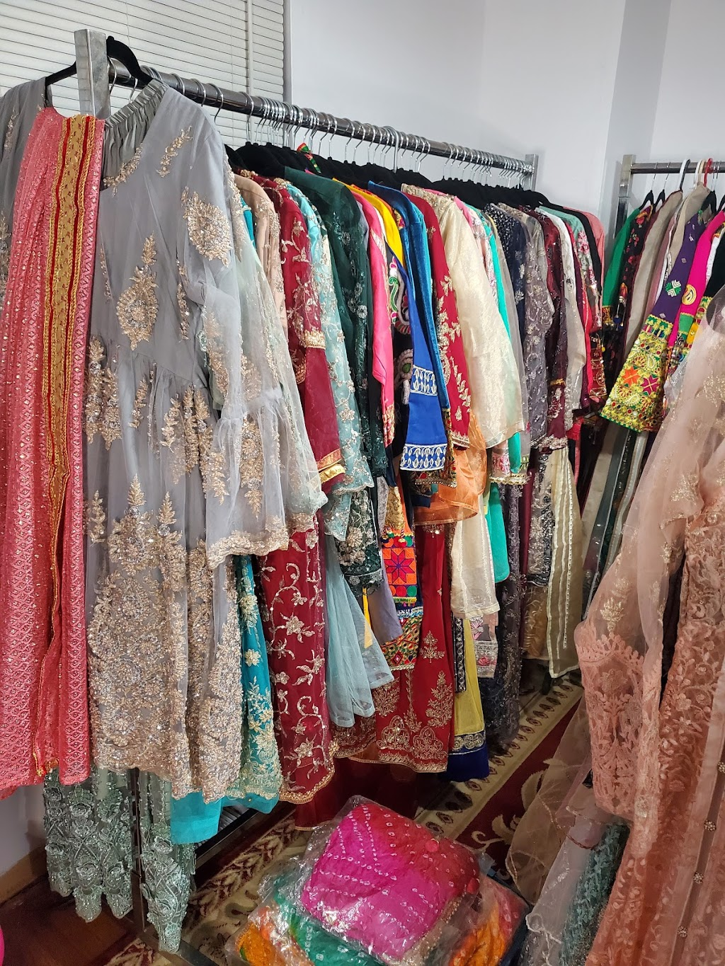 Elishah Clothing   clothing store   3227 Victory Crescent, Mississauga, ON L4T 1L7, Canada   4168324008 OR +1 416-832-4008