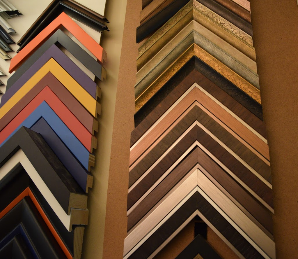 Bev Morgan Art Studio and Framing | store | 260 4th Ave, Hanover, ON N4N 2B5, Canada | 5193645539 OR +1 519-364-5539