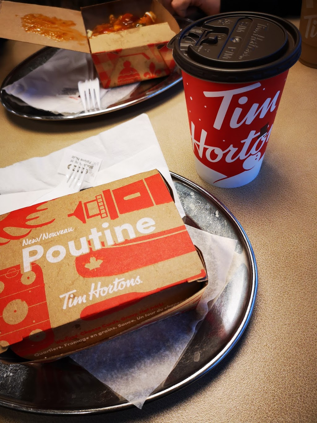 Tim Hortons | cafe | 335 Main St E, Kingsville, ON N9Y 1A7, Canada | 5197333911 OR +1 519-733-3911