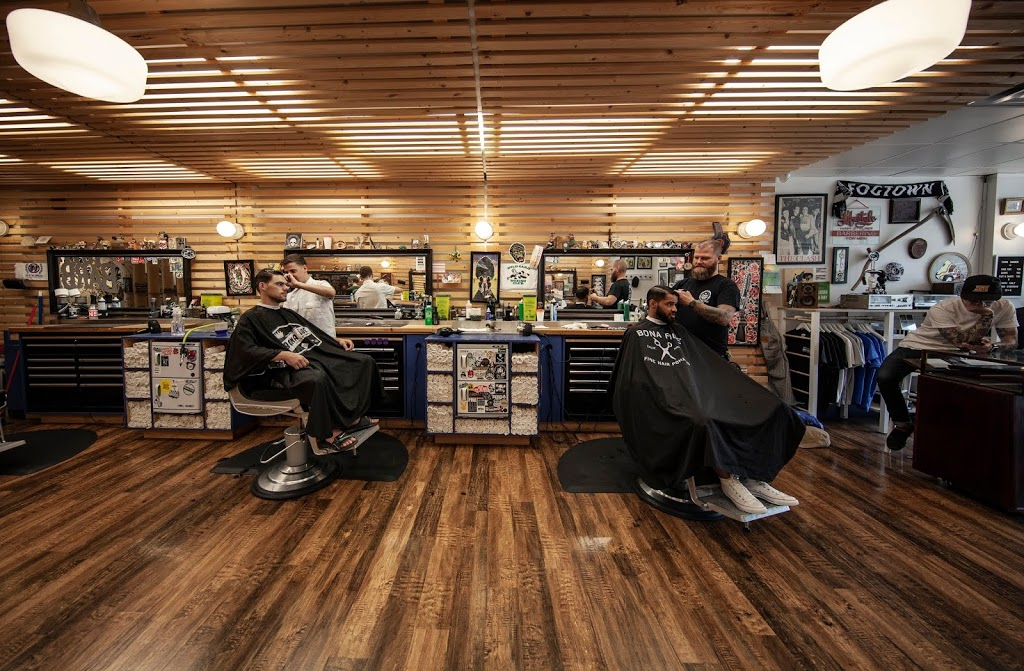 Town Barber | hair care | 1114 Dundas St W, Toronto, ON M6J 1X2, Canada | 4163993499 OR +1 416-399-3499