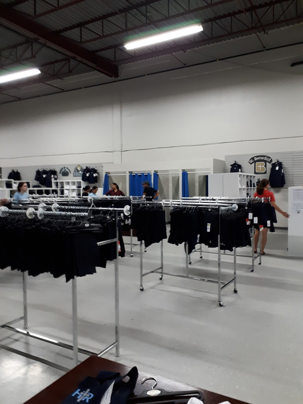 ISW Uniforms Milton | clothing store | 720 Nipissing Rd, Milton, ON L9T 4Z9, Canada | 9058644222 OR +1 905-864-4222