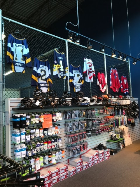 Mountain Edge Lacrosse | store | 1515 Broadway St #403, Port Coquitlam, BC V3C 6M2, Canada | 6044647621 OR +1 604-464-7621