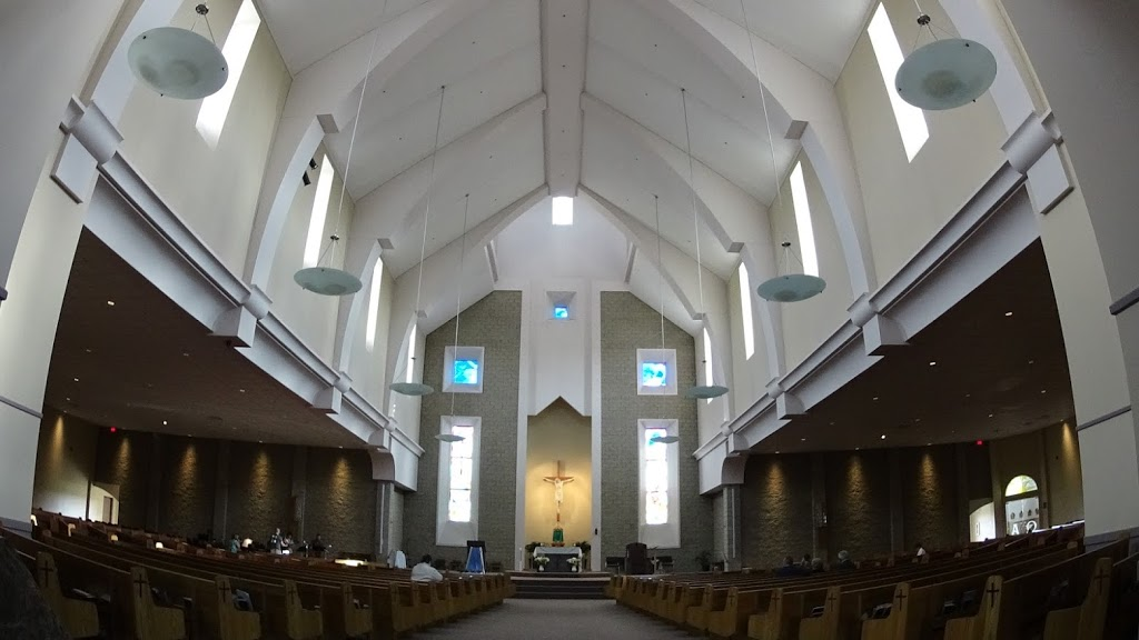 Holy Trinity Roman Catholic Church | church | 200 Veterans Blvd, Spruce Grove, AB T7X 3A5, Canada | 7809600135 OR +1 780-960-0135