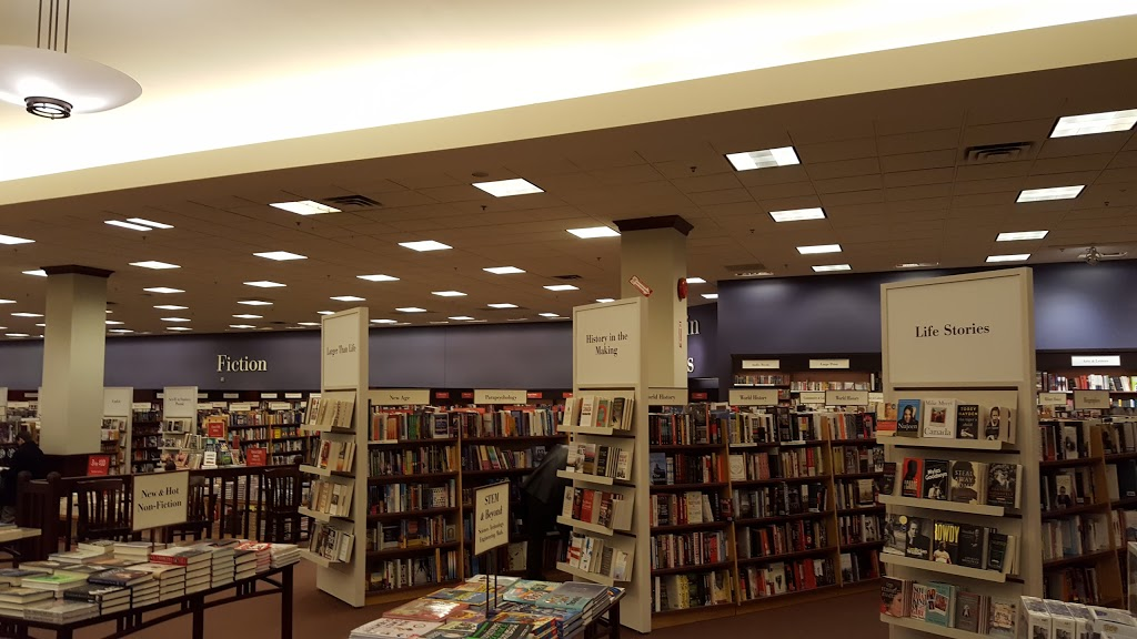 Chapters - Mic Mac | book store | 41 Micmac Blvd, Dartmouth, NS B3A 4Y8, Canada | 9024661640 OR +1 902-466-1640
