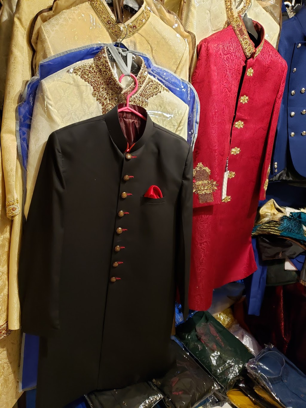 Andaaz For Men   clothing store   670 Holly Ave, Milton, ON L9T 0G2, Canada   6479379254 OR +1 647-937-9254