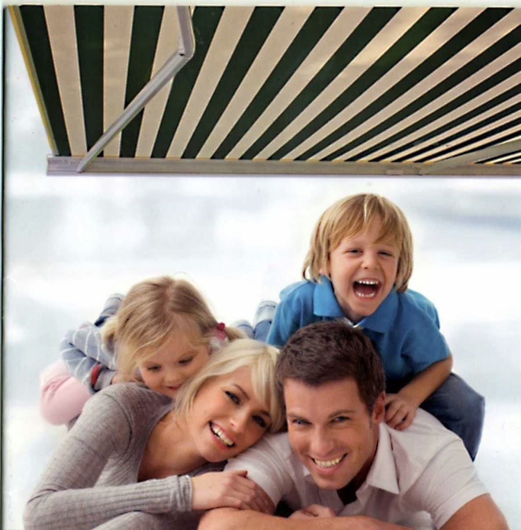 MacDonald Awning & Shade Products | store | 3 Hoffman St #1, Kitchener, ON N2M 3M5, Canada | 5195793950 OR +1 519-579-3950