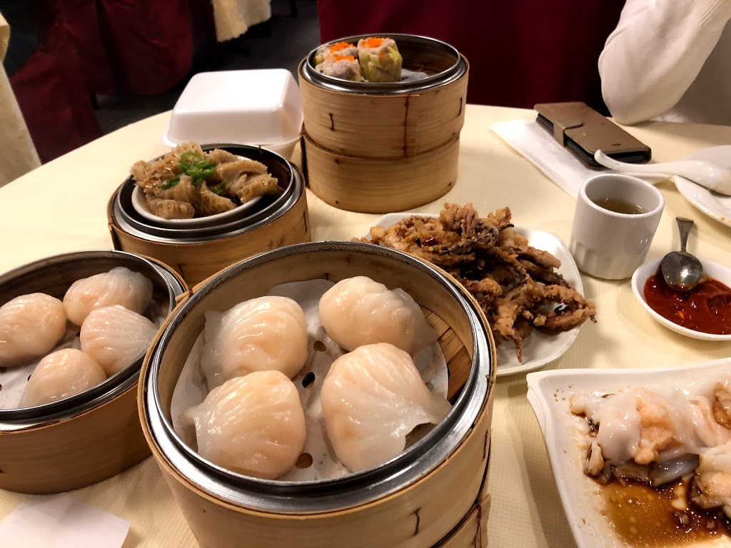 Lee Yuen Seafood Restaurant (North Surrey) | meal takeaway | 14755 104 Ave, Surrey, BC V3R 5X4, Canada | 6045836381 OR +1 604-583-6381