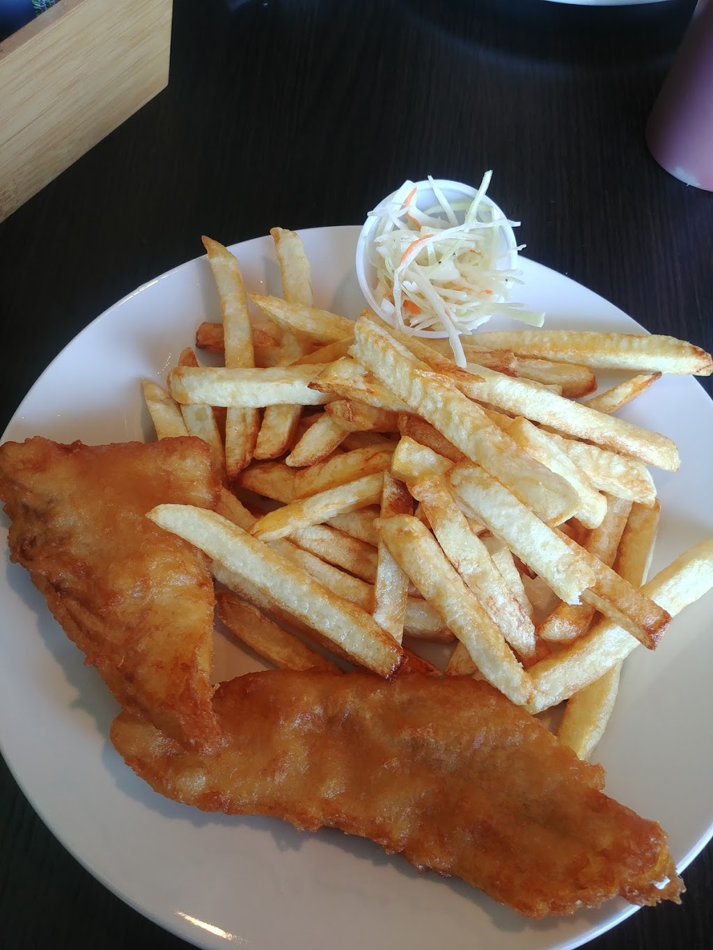 CLASSIC FISH & CHIPS | restaurant | 130 Guelph St, Georgetown, ON L7G 4A5, Canada | 9057021118 OR +1 905-702-1118