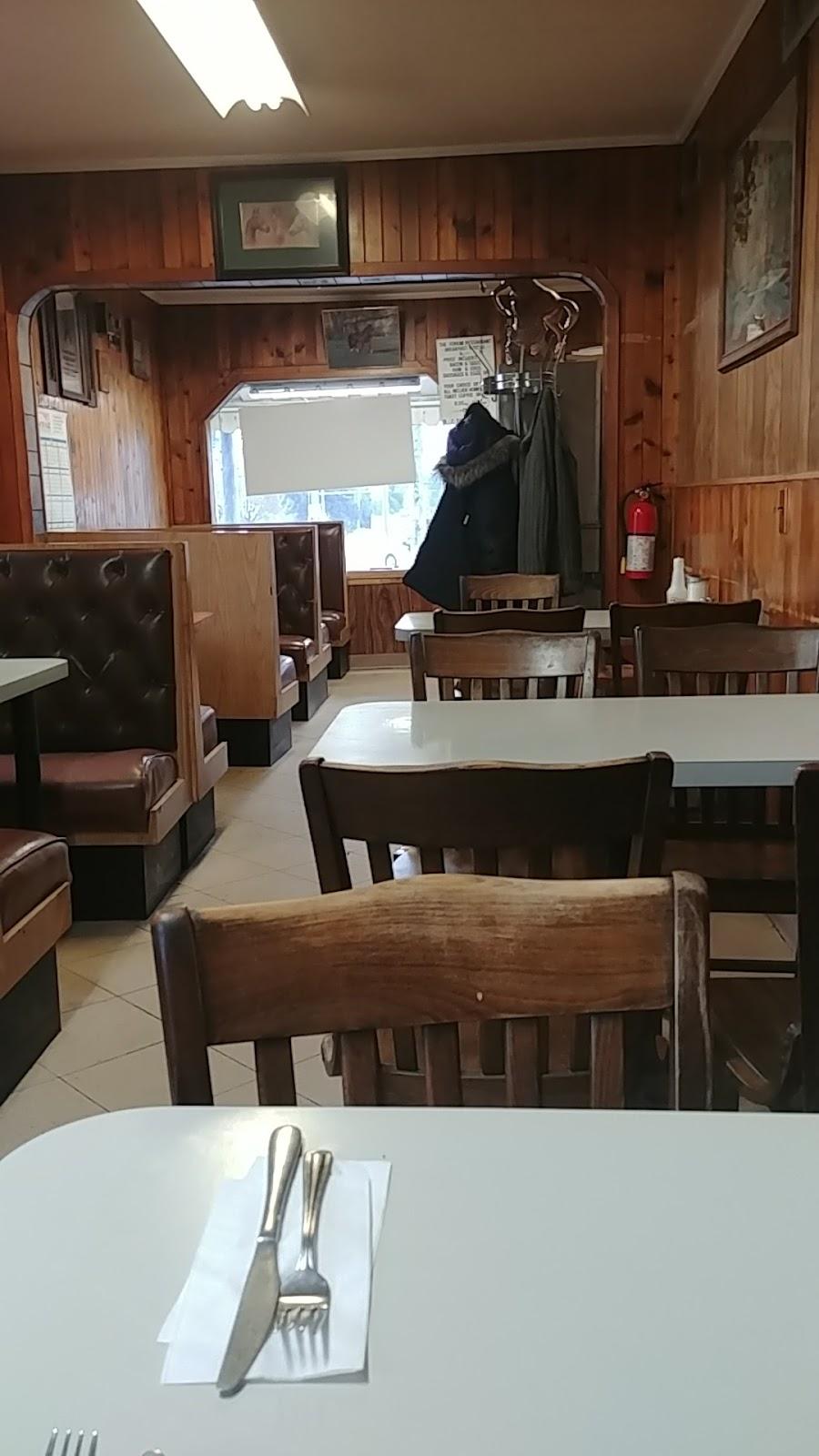 Forum Drive-In Restaurant | restaurant | 580 Ritson Rd S, Oshawa, ON L1H 5K8, Canada | 9057230682 OR +1 905-723-0682