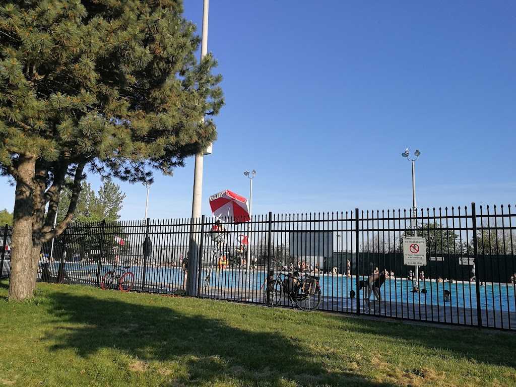Sunnyside - Gus Ryder Outdoor Pool   point of interest   1755 Lake Shore Blvd W, Toronto, ON M6S 5A3, Canada   4163927915 OR +1 416-392-7915