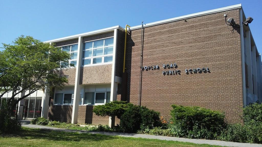 Poplar Road Junior Public School | school | 66 Dearham Wood, Scarborough, ON M1E 1S4, Canada | 4163966525 OR +1 416-396-6525