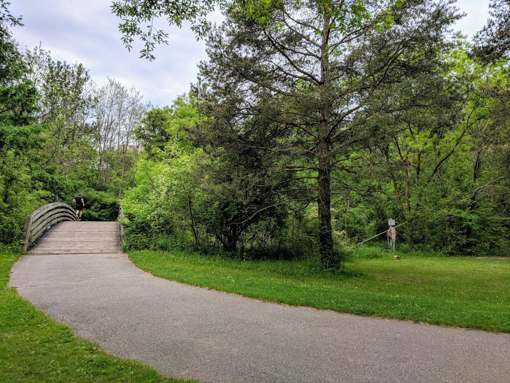 Betty Sutherland Trail Park | park | 250 Duncan Mill Rd, Toronto, ON M3A, Canada | 4163384386 OR +1 416-338-4386