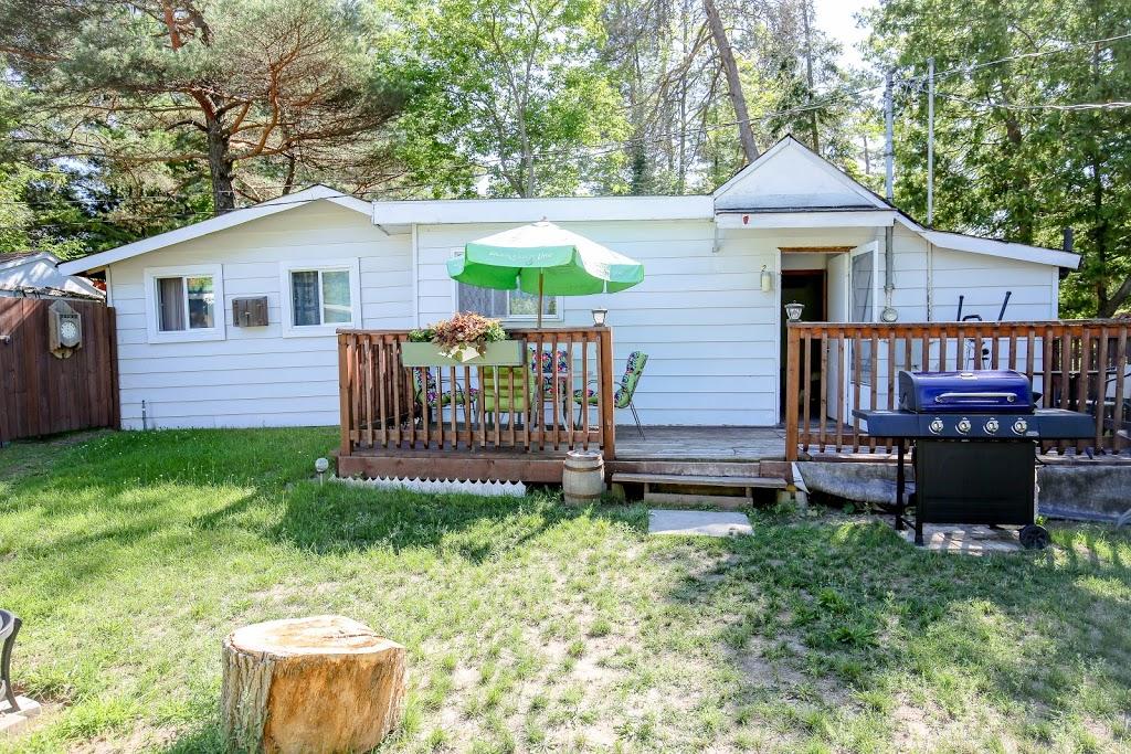 Santa Fe Wasaga Beach Cottages | lodging | 157 Mosley St, Wasaga Beach, ON L9Z 2K1, Canada | 7054293088 OR +1 705-429-3088