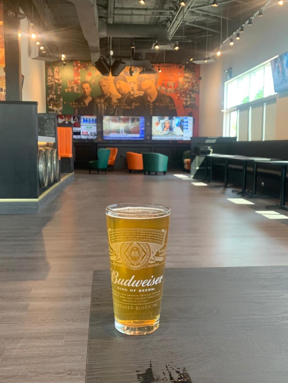 Keenans Irish Pub | restaurant | 51 James Snow Pkwy N, Milton, ON L9E 0H1, Canada | 9056930030 OR +1 905-693-0030
