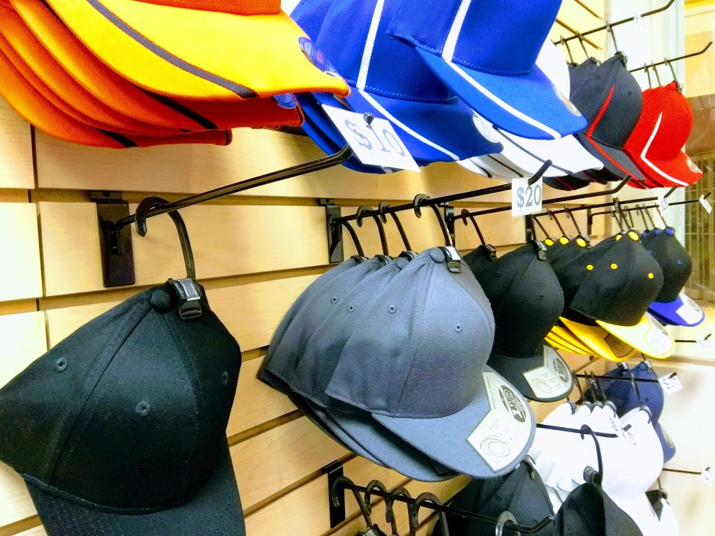 Mapleimprint   clothing store   1642 Merivale Rd, Nepean, ON K2G 4A1, Canada   6134221162 OR +1 613-422-1162